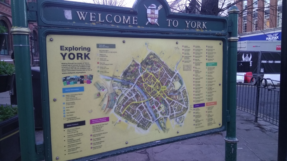 Welcome to York sign
