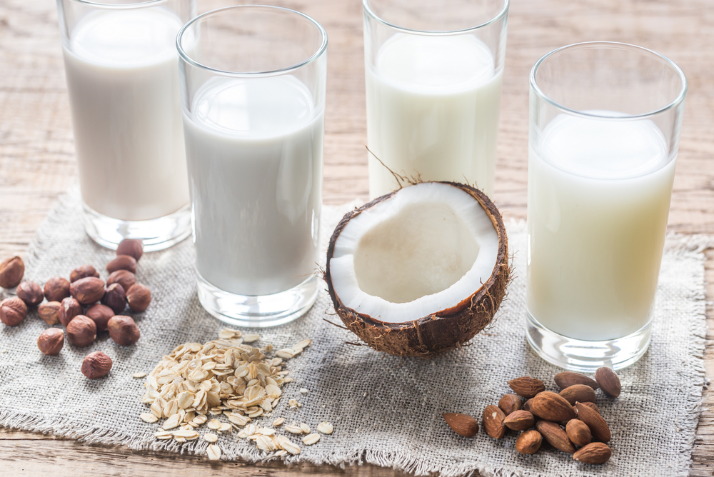 Healthier alternatives do dairy milk: hazelnut, oat, coconut and almond milks.